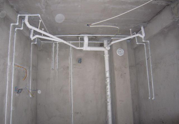 卫生间水管
